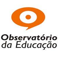 Observatório da Educação. Uma balão de diálogo com um ponto final dentro.