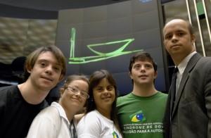 Samuel Sestaro, Fernanda Honorato e Humberto Suassuna, auto-defensores da FBASD
