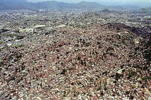 Imagem aérea do Complexo do Alemão, no Rio de Janeiro