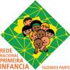 Rede Nacional Primeira Infância - fazemos pare - crianças brincam dentro da bandeira do Brasil